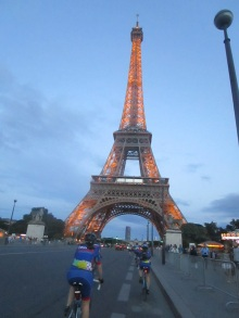 Paris_Eiffel